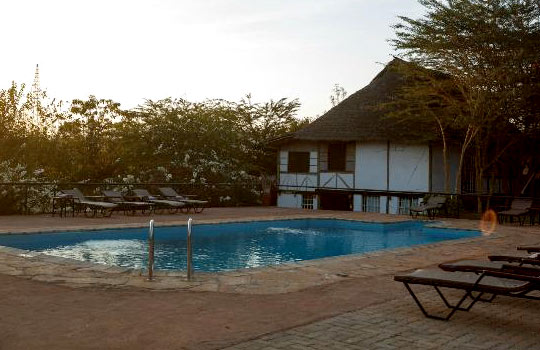 .group-joining-tours-tanzania-eileens-tree-lodgejpg